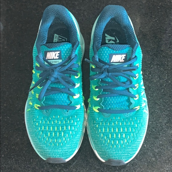 detailed look 47c22 9af4b Nike Zoom Odyssey 2